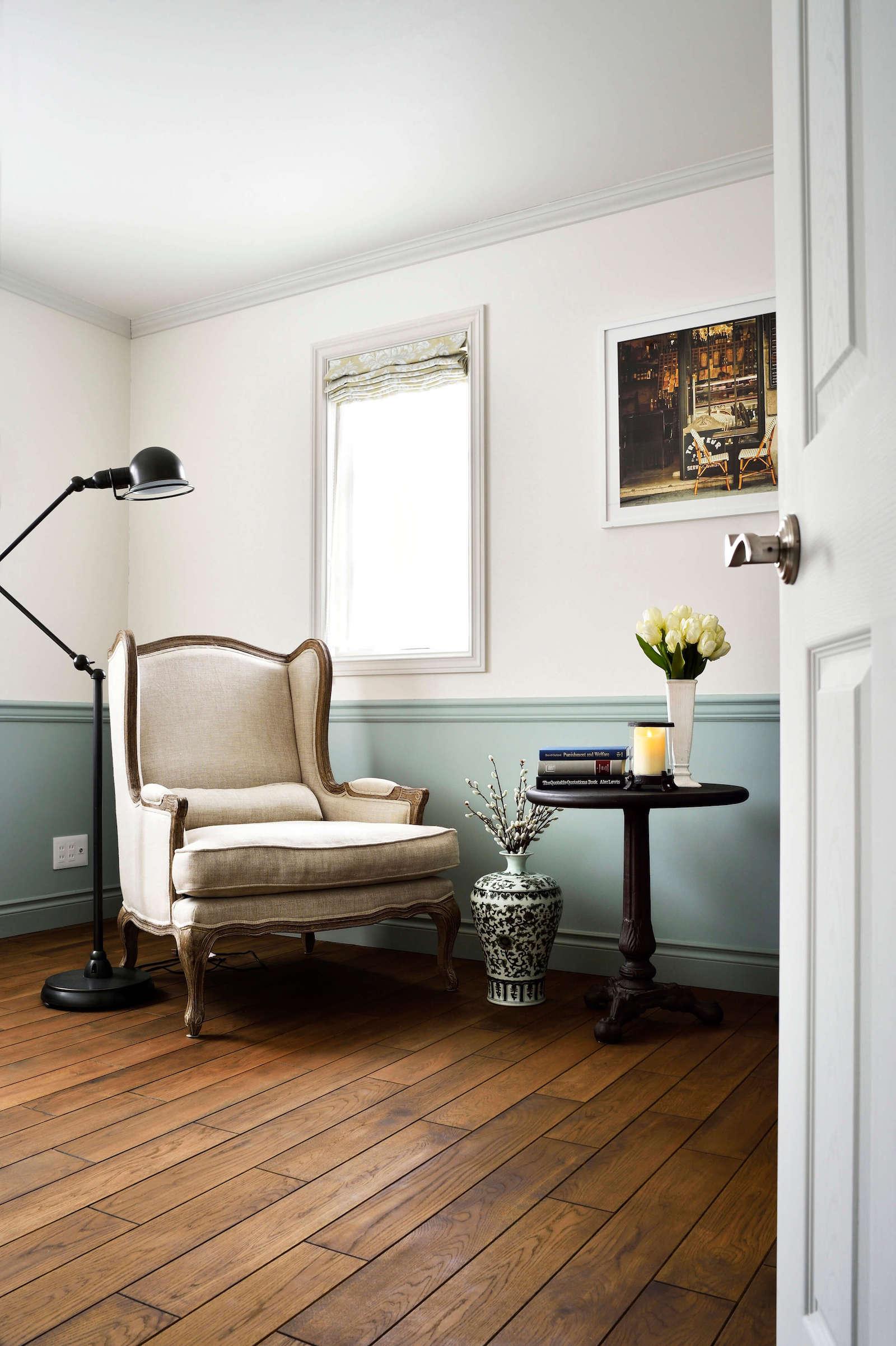 都会的フレンチスタイルのパリの輸入ガレージハウスの部屋